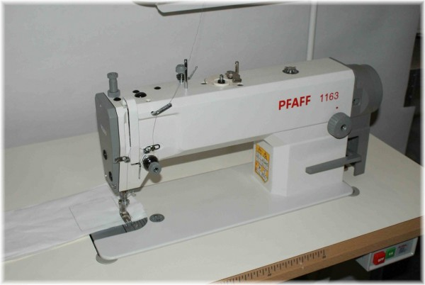 Industrienaehmaschine Pfaff Industrial 1163 leiser 220V Motor