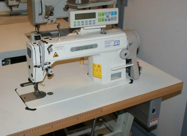 Industrienaehmaschine Sewmac 5550 7 Fadenabschneider Verrieglungsautomatik