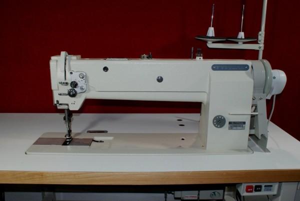 Industrienaehmaschine-Typical-20606-H1-Dreifachtransport-Langarm-45-cm-Ledermaschine-Polstermaschine